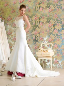 Wedding Dress Ink photo shoot - How to choose a wedding dress tips