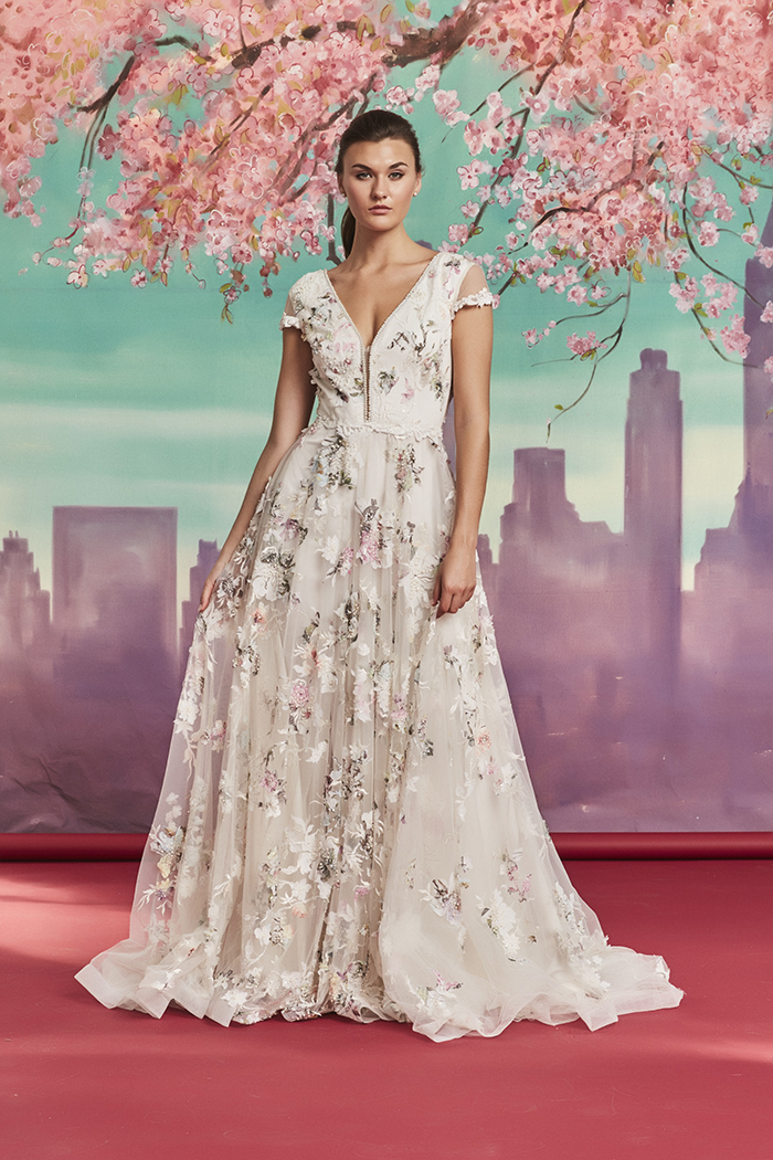 How to pick the most amazing wedding dress - Savin London stocked in Alice May Dublin